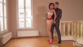 Submissive Nympho Rose Valerie...