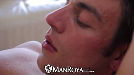 HD ManRoyale - Cute guy...