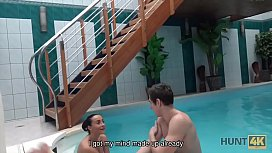 HUNT4K. Hottie wants to have fun in the pool so why pleases owner