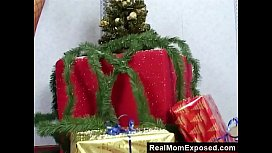 RealMomExposed - A gift like...