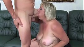 Old blonde whore gets to suck young stud'_s tool before fucking