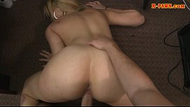 Huge boobs amateur blonde babe gets banged by pawn man