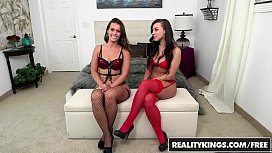 RealityKings -Kelsi Monroe Peter Green Victoria Webb Monste -  Two Better Than One - Monster Curves