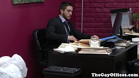 Gaysex office hunk squirted...