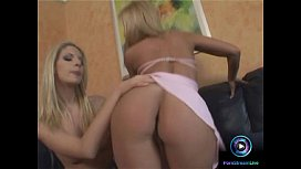Hot blondes Linda Shane...