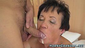 Smaltits granny cum mouth...