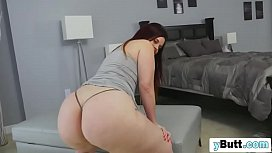 Chick with huge ass...