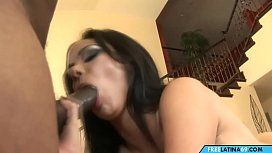 Mom loves Interracial Sex and gets pounded by BBC in Big Booty Sex Video
