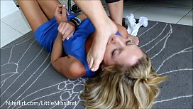 BP04R-Wife Footfetish Domination...