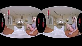 RealityLovers VR - British Cousin...