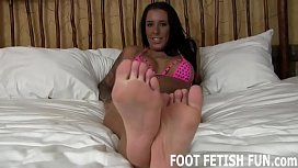 Let me show off my sexy feet for you