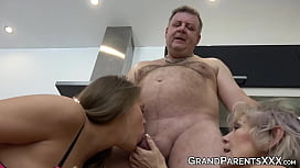 Teen chokes on mature cock and then takes a hard pounding