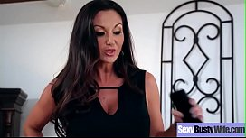 Sex Tape With Gorgeous Busty Hot Housewife (Ava Addams) video-04
