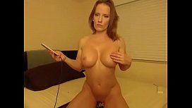 Muscular wife masturbate and cum - watch live at AngelzLive.com