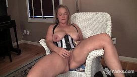 Chesty Yanks MILF Nixie...