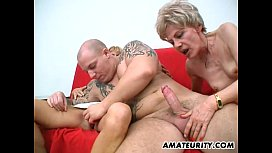 Amateur threesome with 2...