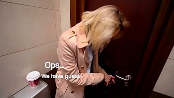 Public Blowjob in Wendis Toilet & d. Coffe with Cum