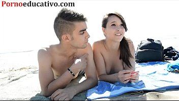 Nikki little y Miquel duque en una entrevista sexual en la playa