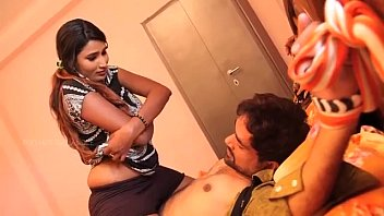CoverDesi Hot Aunty Sharing Her Uncontrolled Feelings to Friend
