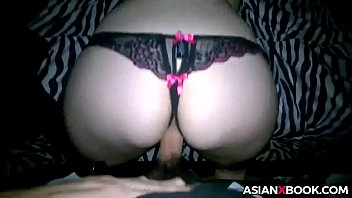 Asian babe gets fucked doggystyle