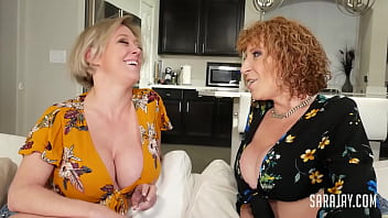 Divorced MILF Dee Williams And Her Friend Sara Jay Fuck The Cable Guy! 6 min