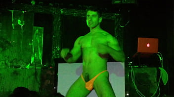 Gay stripper sample clips - Stripper chileno