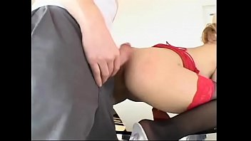 Mexican Peacherino With Perky Small Tits Kat Asked Her Friends To Help Her To Move Furniture