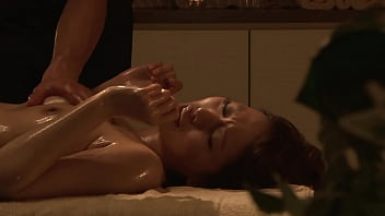 https://bit.ly/3Ahs7Rl Japanese Luxury Aroma Oil Massage, Part 1. An obscene and high-grade sexual service that captivates celebrity wives full of elegance.