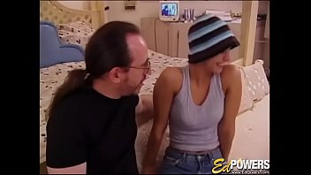 EDPOWERS - Sweet young Nikki oralled before pounding