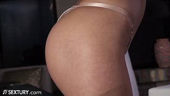21Sextury MILF Shalina Devine Glams Up For Buttfucking