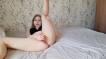 Hot blonde with a sexy figure plays intensely with her wet pussy and gets a strong orgasm