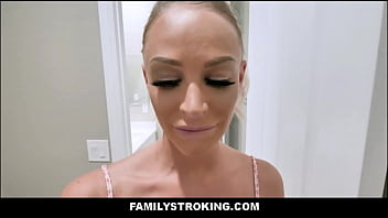 Hot Skinny Blonde Teen Stepdaughter Emma Hix Interracial Family Threesome With Big Tits Black MILF Stepmom September Reign And Dad