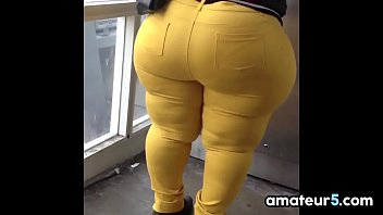 Big Booty Out In Public Compilation