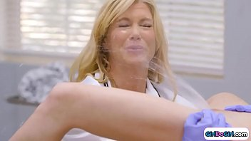 Unaware doctor gets squirted in her face thumbnail