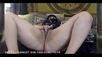 Arab girls very horny on cam - Foufounette.fr