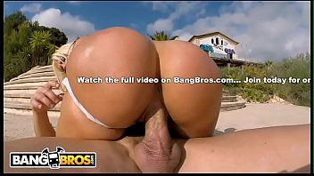 BANGBROS - Epic PAWG Blondie Fesser Riding Nick Moreno On Ass Parade!