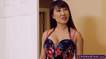 Hot asian chick got revenge on her girlfriend via fucking