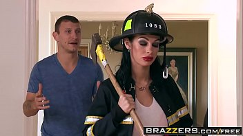 Brazzers shes gonna squirt putting out the fire scene starring angelina valentine and mr pete thumbnail