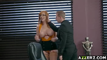Sexy redhead Lauren Phillips gets her pussy fucked