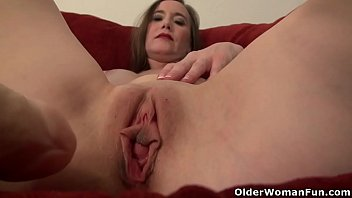 Jacquelin milf American milf lilly james dildo fucks pussy and ass