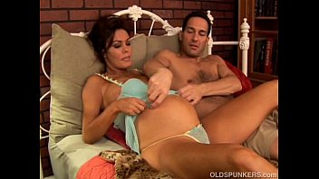 Women nude pregnant - Pregnant mature pornstar nancy vee is a hot fuck