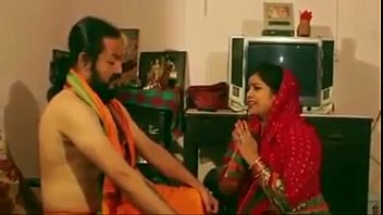 Video bokep mallu bhabi fucked by hindu monk