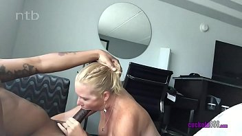 Amateur BBC Loving MILF Screaming Orgasm 9 min