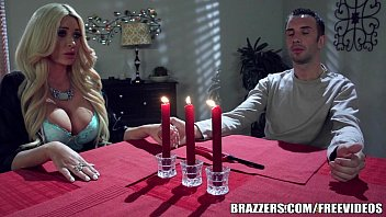 Brazzers - Summer gets r. on her BF