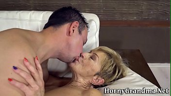 Hairy wrinklies Grandmother gets wrinkly face jizzed