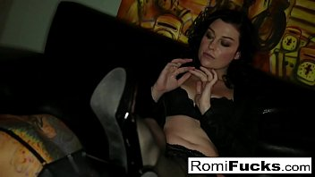 Sexy Slave Romi Rain lets master Sovereign dominate her