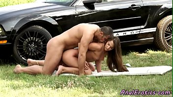 Eurobabe enjoying outdoor anal sex
