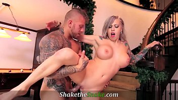 Shake The Snake - Major Squirting Action from Inked Hotties