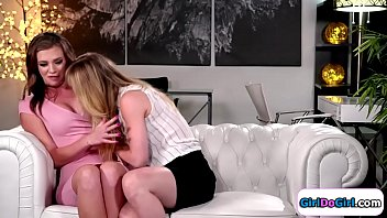 Nervous lady shows her resume to the female boss.She remembers her and how she made fun of her cause she was gay.So in order to get the job she now has to eat her pussy.She rubs her pussy and eats her first before she can lick her way to the job