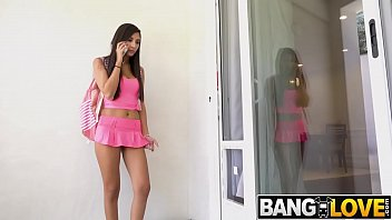 Gianna Dior Gets Fucked In The Doggy Door